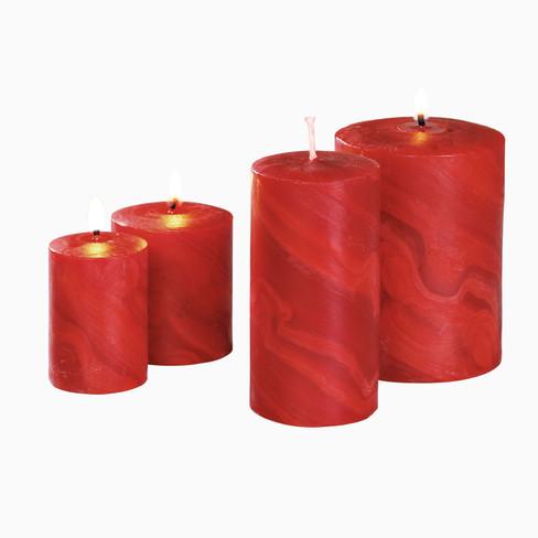 Handgevormde stompkaars, rood 4: � 7 cm, h 10 cm