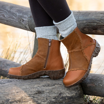 "Boot ""Yggdrasil"", taupe"