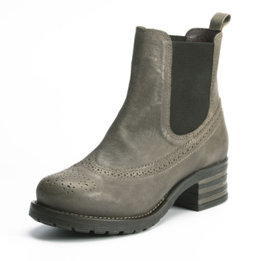 Chelsea boots, taupe